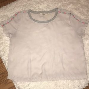 GRAY SILK TOP WITH TRAIL PRINT